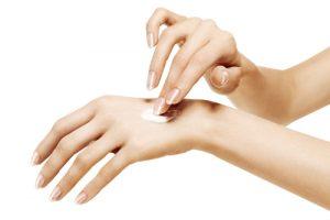 shutterstock 215885287 300x200 - Sabañones, una consecuencia del frío en la piel