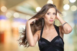 shutterstock 444395470 300x200 - Mitos y verdades sobre la caída del cabello