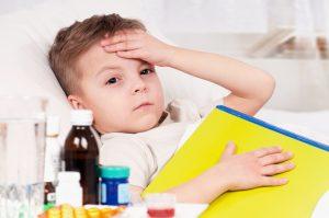 shutterstock 73156789 300x199 - Automedicación infantil presente en el 32% de menores que acude a urgencias