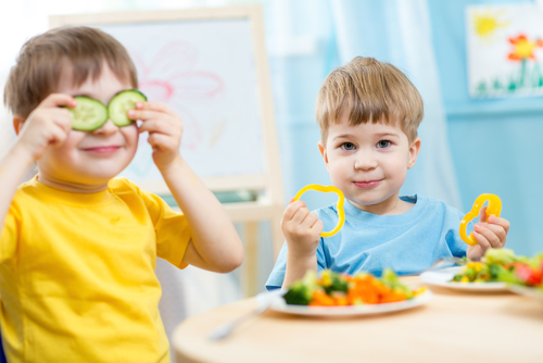 shutterstock 242478283 - Cómo prevenir la obesidad infantil