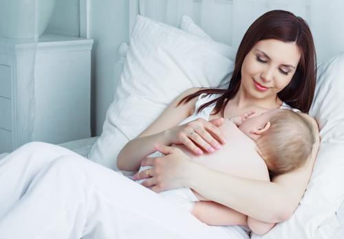 mujer y bebe - Epilepsia, la enfermedad de las múltiples caras