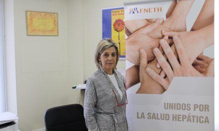 """Eva Pérez: """"Es fundamental acompañar al paciente y sus familiares en todos los aspectos de las enfermedades hepáticas"""""""