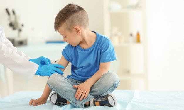 El SAS incorpora a partir de enero la vacuna contra cuatro tipos de meningitis