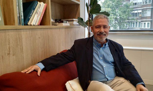 Carlos Lines: «El paciente debe ser el centro en todo lo que concierne a su salud, y las asociaciones de pacientes deben actuar como voz de todas sus demandas y necesidades»