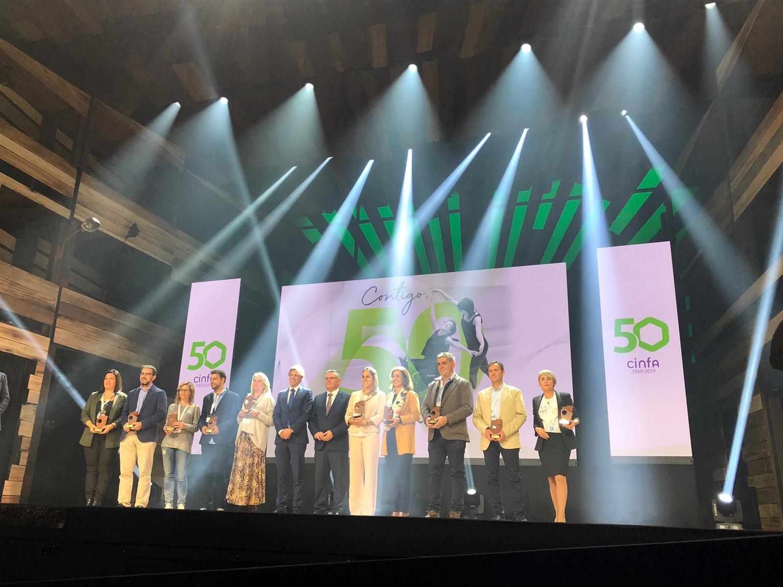 """cinfa 1 - Cinfa celebra la gala """"Contigo, 50 y más"""" en la que ha premiado a 50 asociaciones de pacientes"""