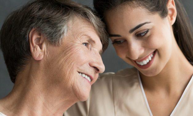 Los cuidadores de pacientes crónicos no duermen bien y tienen ansiedad