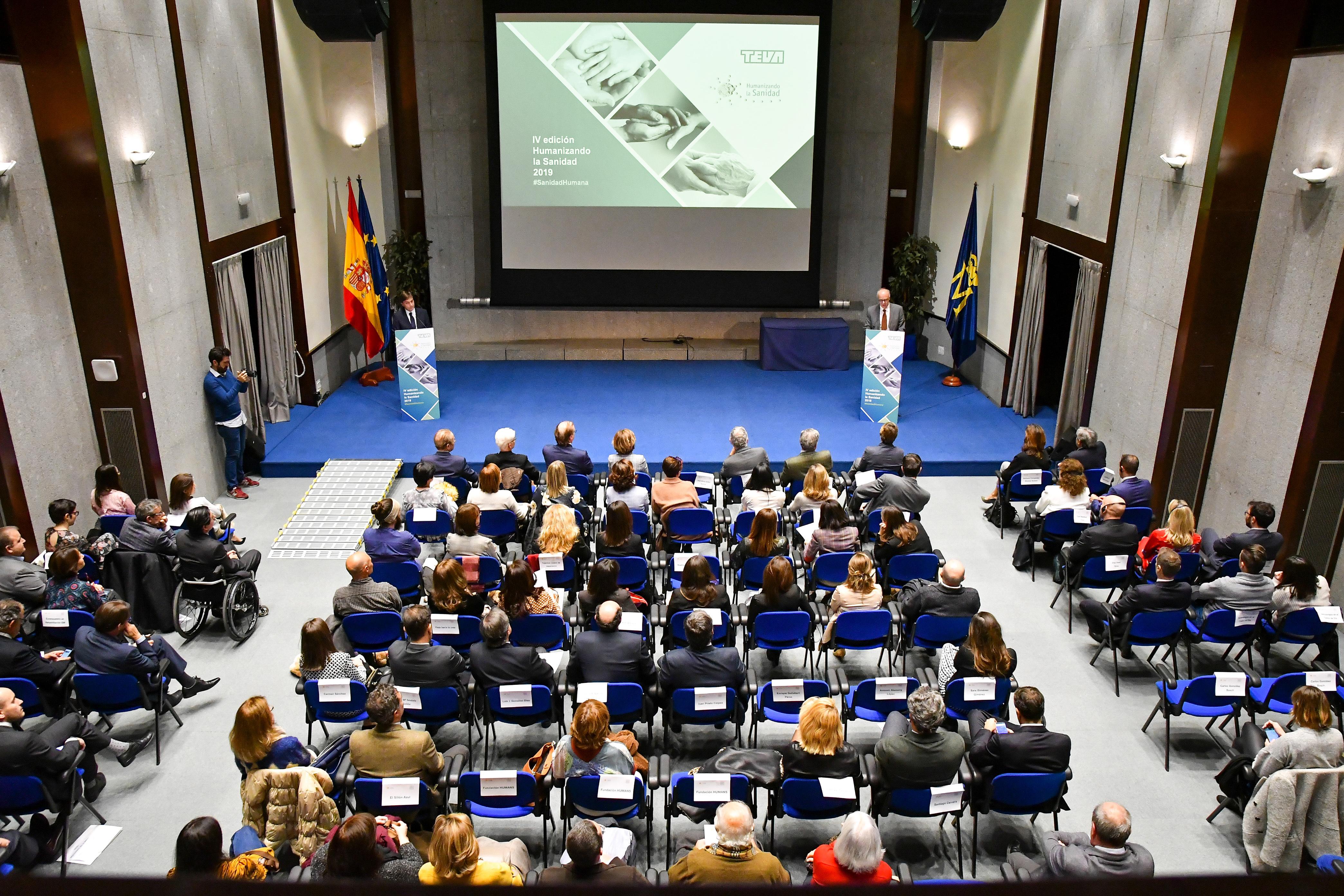Foto del acto - Once nuevas iniciativas solidarias se unen a la familia de la sanidad humana de TEVA