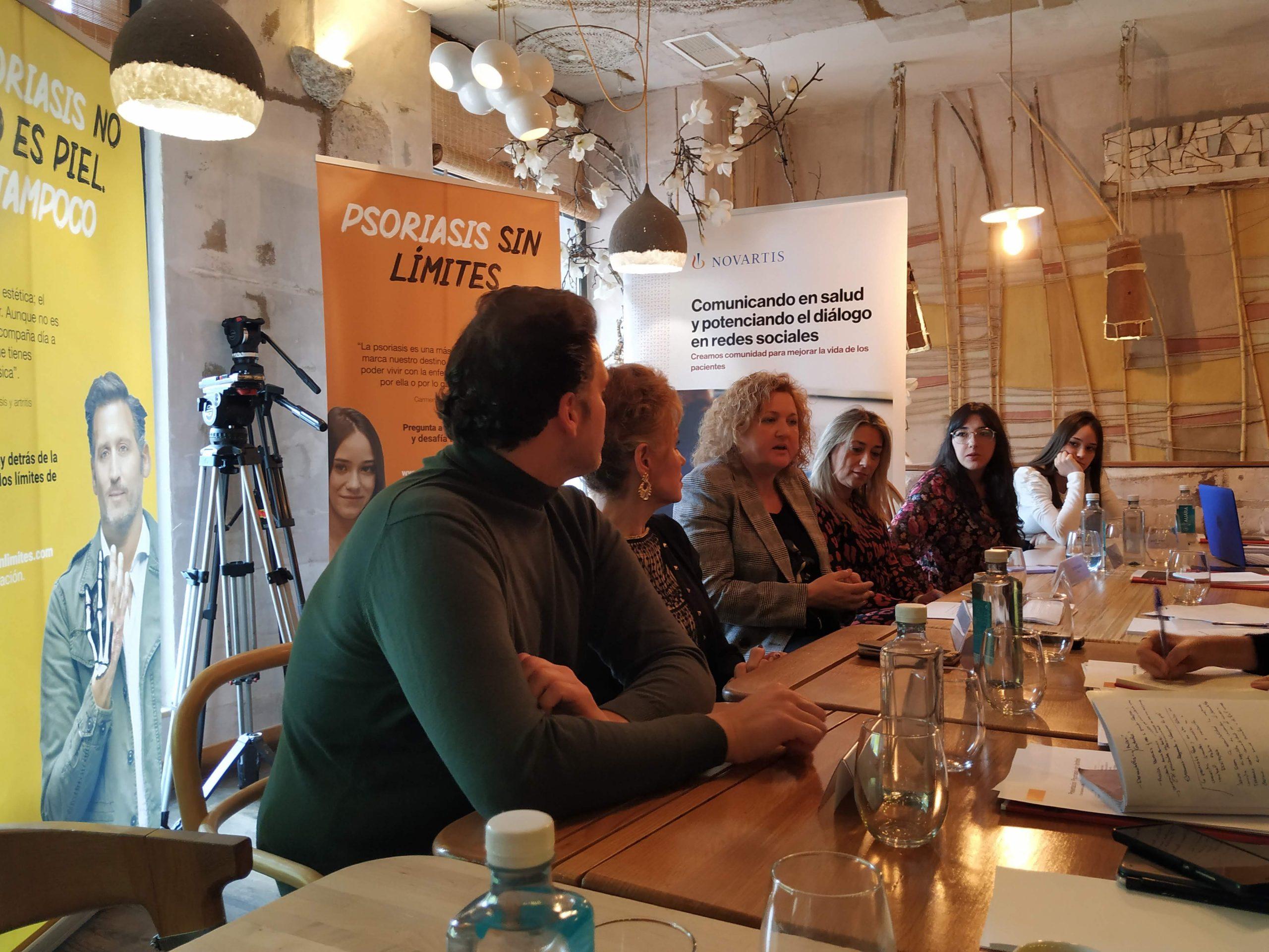 """psoriasis sin límites scaled - Acción Psoriasis y Novartis lanzan la campaña """"Psoriasis sin límites"""""""