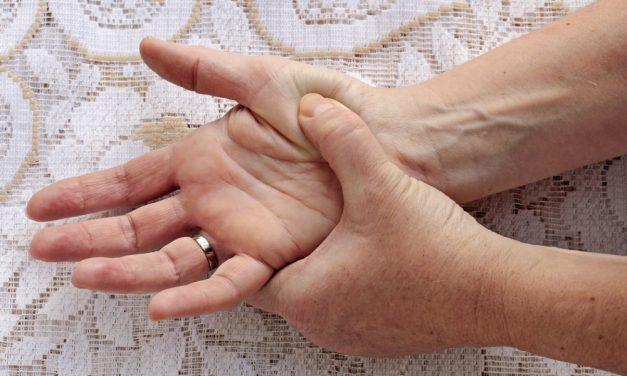 Pacientes de artrosis piden que no se dejen de financiar los sysadoa