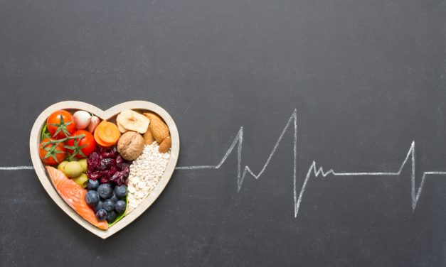 Los excesos navideños pueden aumentar un 10% el colesterol, según la Fundación Española del Corazón