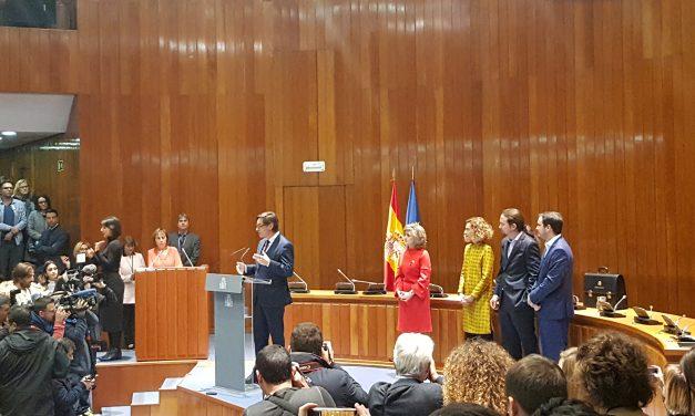 Salvador Illa, nuevo Ministro de Sanidad, incluye a las asociaciones en su discurso tras el traspaso de carteras