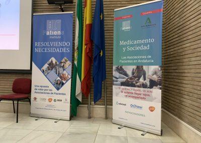 Carteles scaled 400x284 - Las fotos y frases de la Jornada de Asociaciones de Pacientes en Andalucía
