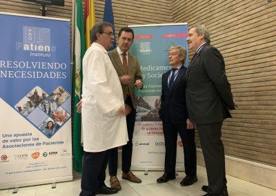 Manuel Molina José Repiso Fernando Mugarza Jesús Díaz scaled 400x284 - Las fotos y frases de la Jornada de Asociaciones de Pacientes en Andalucía