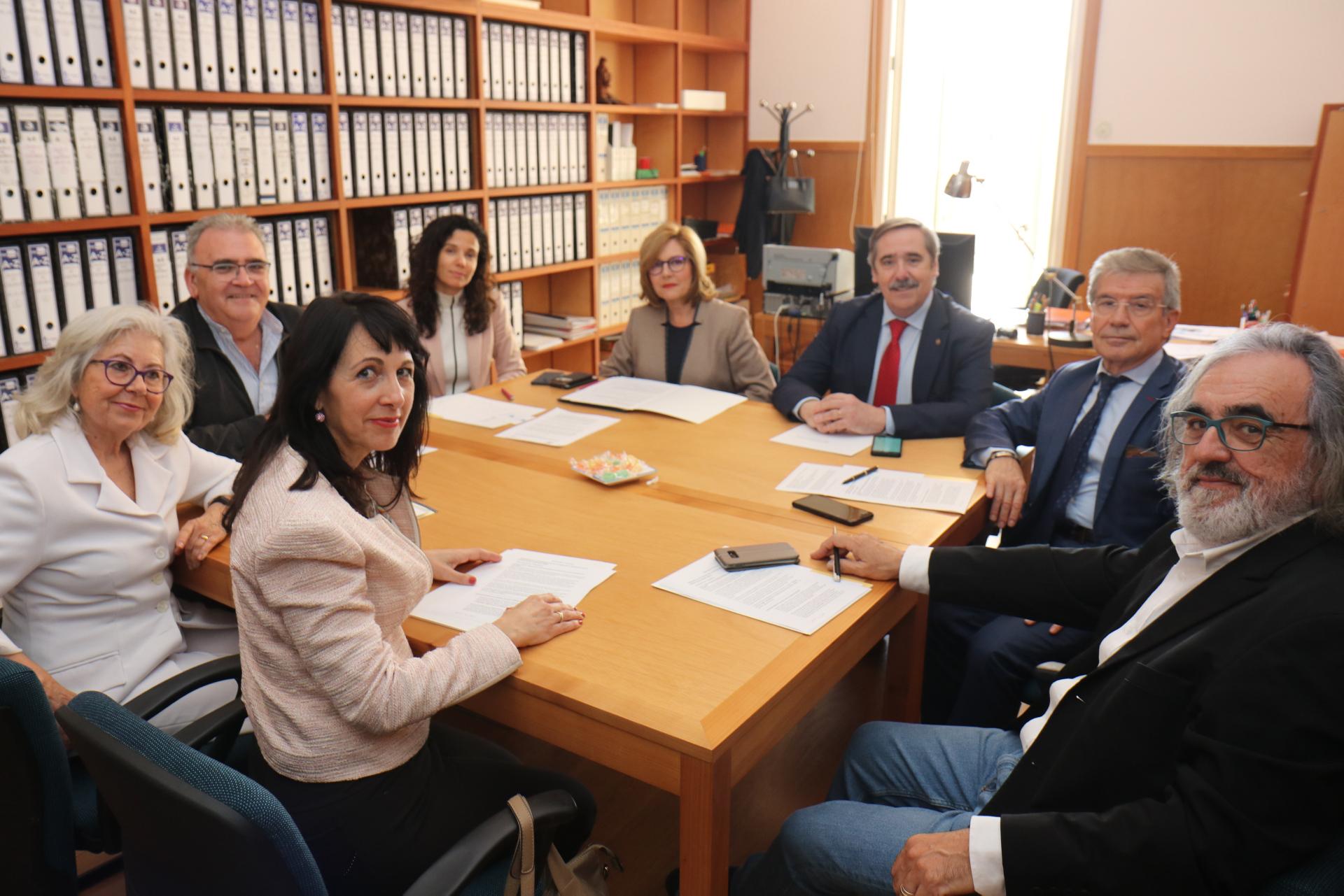 """IMG 1115 - El Instituto ProPatiens junto con la UA y la UMH crean la """"Cátedra del Paciente"""" para formar y profesionalizar a las Asociaciones de Pacientes"""