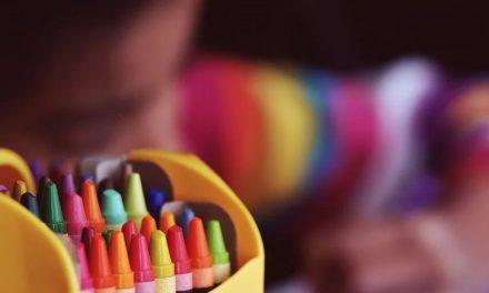 Neuraxpharm lanza 'Cuarentena con TEA', un servicio para las familias de niños con autismo