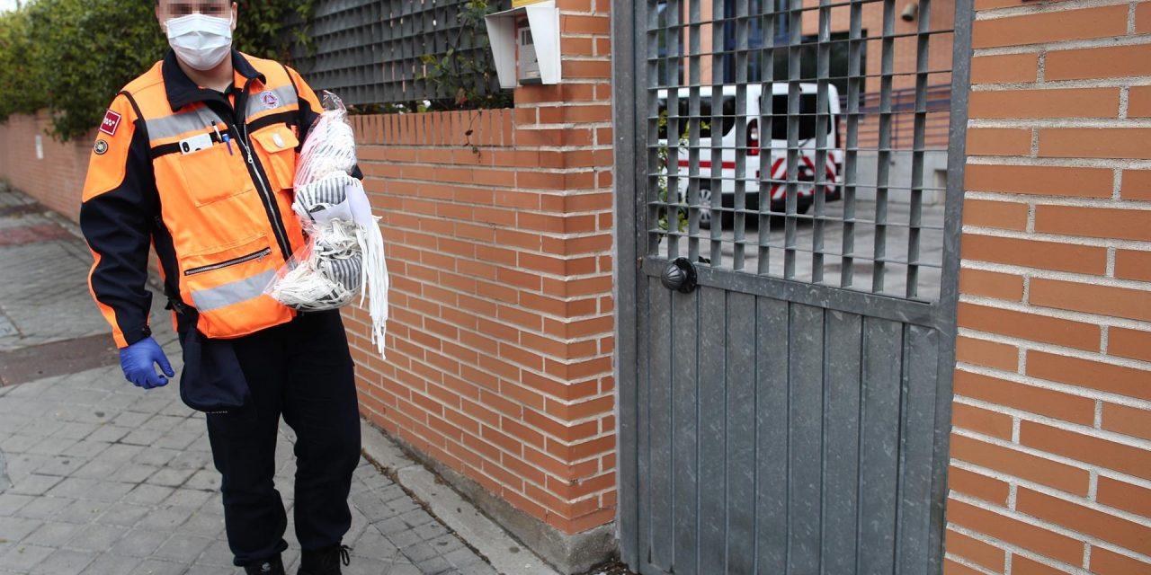 Roche dona 76.000 mascarillas, casi 2.000 envases de gel hidroalcohólico y cien respiradores