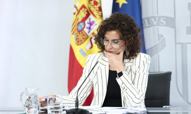 El Gobierno aprobará los 16.000 millones para CCAA: 9.000 irán para Sanidad