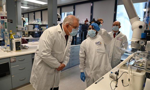 Astrazeneca anuncia que reanuda los ensayos de su vacuna contra la COVID-19
