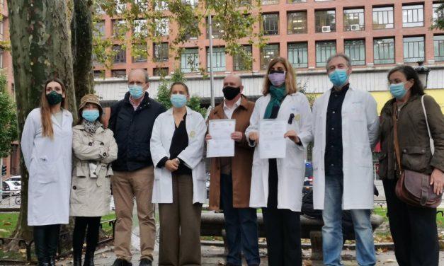Los médicos de toda España comienzan este martes una huelga indefinida para pedir una sanidad «de calidad»