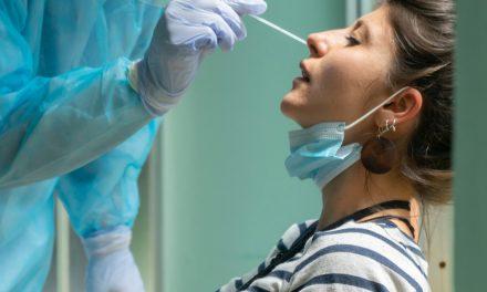 Sanidad abre la puerta a que las farmacias puedan realizar test rápidos de Covid-19